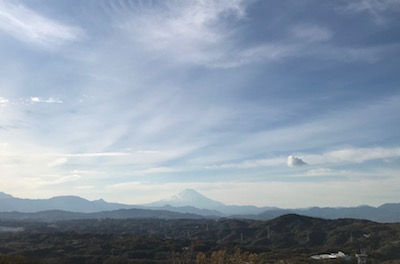 富士山が近くに見えます