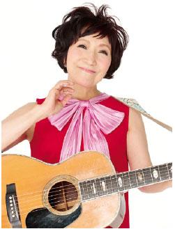 透明感のある歌声と歌唱力が魅力。笑って泣けるコンサートを楽しんで