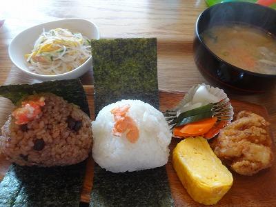 鎌倉のこだわりランチ650円!子連れにおススメおむすびカフェ