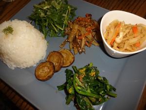 旬野菜いっぱいMISORAプレート(スープ付き)1250円☆