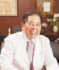 エーデルワイス 代表取締役会長 比屋根(ひやね) 毅さん