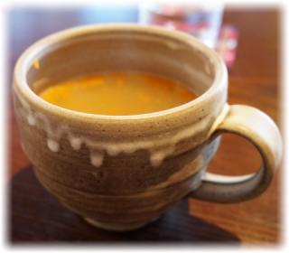 スープのカップはコチラのデザイン