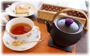 南部鉄瓶入りの紅茶