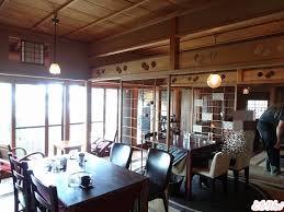 オープンカッピングができるコーヒー店「ツキコヤ」