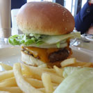 【福生】アメリカンな気分でハンバーガーとピザ!「デモデヘブン&ズコット福生店」