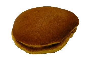 ツヤツヤあずきの栗どら焼きと杵つき餅が自慢 黒門市場「三都屋」