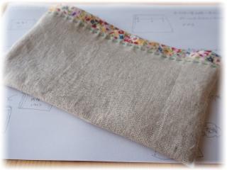 表生地に口布を入れてステッチでグルリと縫いました
