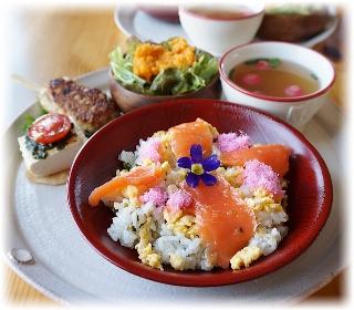 ひな祭りのCafeちらし寿司