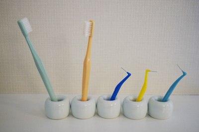 短いものも収納できる色々な歯ブラシスタンド(無印/ニトリ/ダイソー/100均/楽天)