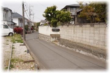 住宅街のド真ん中にあり、看板も大々的ではない