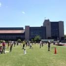 芝生の上は気持ちいい~! 大和スポーツセンター