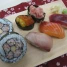 お寿司を握って、国際交流! TOKYOおもてなしサロン「お寿司講座」レポート