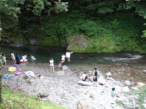 夏休みは大自然を満喫!清流!ログハウスでキャンプ@檜原村