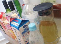 だしは保存容器に入れて冷蔵庫で保存