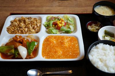 立川幸町「サンフジ」で、おいしい・ヘルシー・楽しい中華!