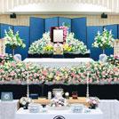 【お葬儀相談センター セレケア】 お花で送る家族葬や一日だけの葬儀