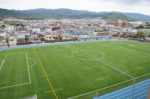 サッカー、ホッケー、陸上競技などができる第1グラウンド