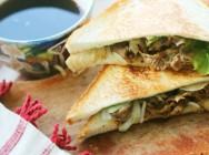 牛肉と玉ねぎのホットサンド 【時短朝食レシピ】