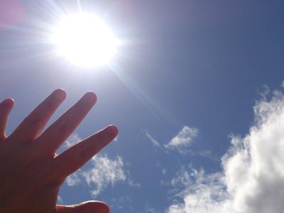 春から増える紫外線にご用心!その肌のかゆみ日光湿疹かも?