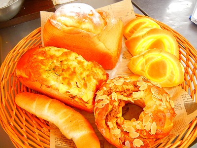 朝4時からパンが続々!茨木の超人気店「パン工房 シャルドン」
