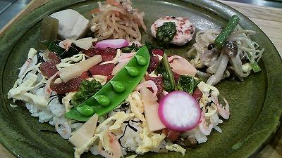 【閉店】与野本町にオープンの「自然派食堂カフェ たねの木」は笑顔が集う場所