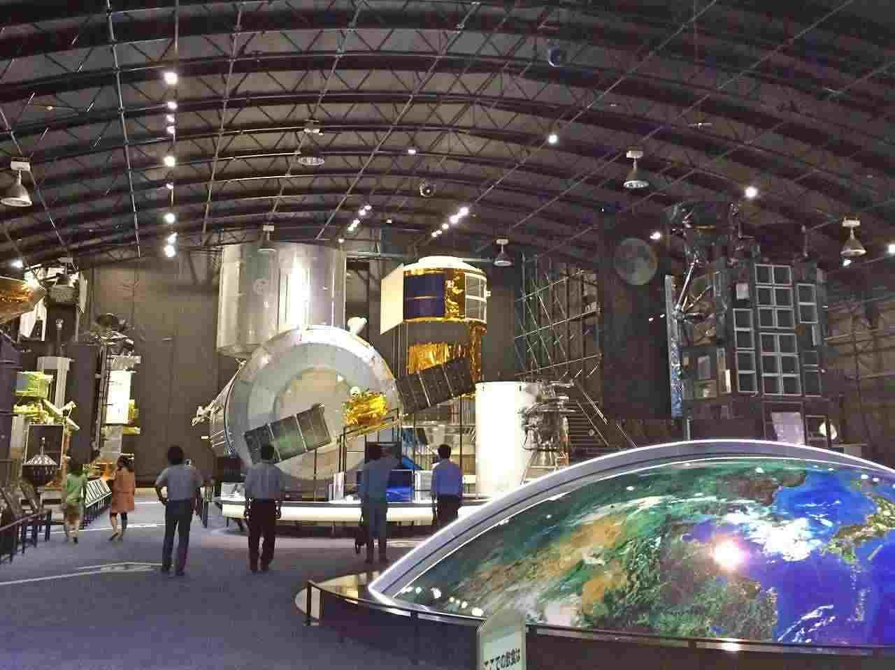 筑波宇宙センター展示館の「きぼう」がリニューアル。本物そっくりの実物大模型で、あなたも宇宙へ