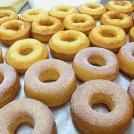 凍らせてもおいしい! ケーキ屋の「焼きドーナツ」