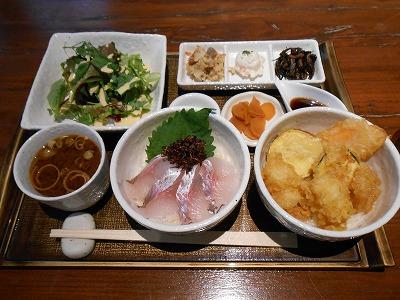 武蔵浦和のおしゃれな和食店「マスカクラブ」にボリューム丼ランチあり