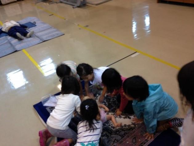 実践体験。子供たちが中心で参加しました。