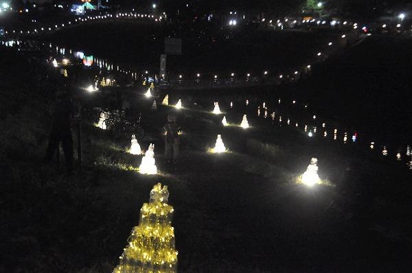 利根運河沿いにきれいな灯り