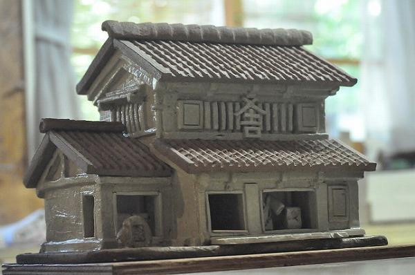 新川屋さんの陶芸作品