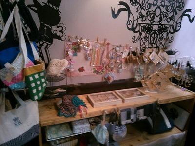 ハンドメイドマルシェも開催!伊丹で人気の「カフェ ムーン」