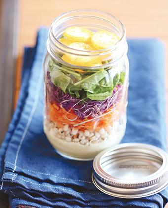 【レシピ】カラフル野菜のボトルサラダ