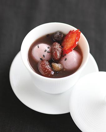 【レシピ】いちご白玉ぜんざい・甘納豆トッピング
