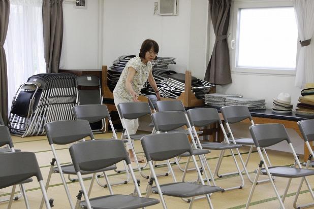 8椅子並べなどもすべて自分たちで汗を流しました