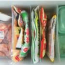 お宅の冷蔵庫を拝見!/冷蔵室上段は 100均の収納ケースで整理整頓