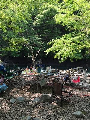 キャンプシーズン到来 手作り燻製器で手軽に本格派