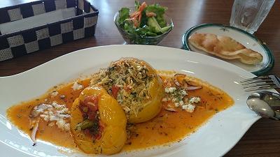 ペルシャ料理とおしゃれ雑貨を一度に楽しめる「パニ&ガラムカール」@荻窪