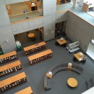 集中した後はランチもOK!駅から10分の図書館&カフェテリアがおすすめ♪