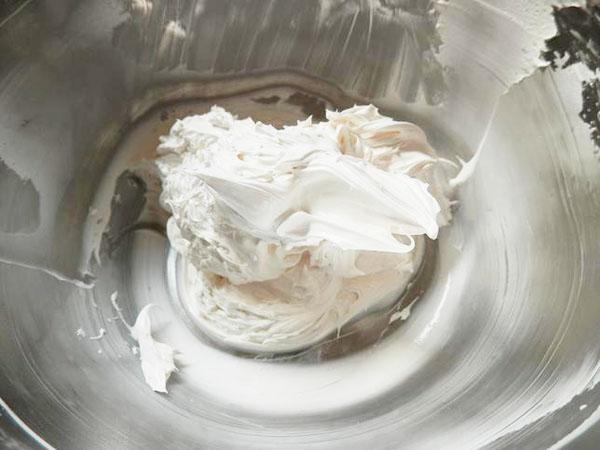 ミルクパウダーホイップ