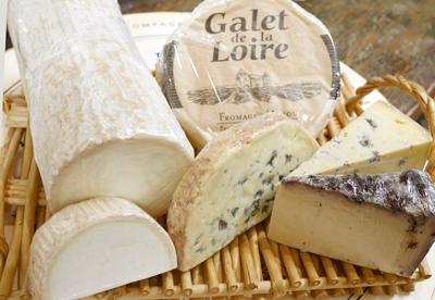 ボジョレーヌーヴォーにはこのチーズ!丸栄でチーズのプロに聞いてきた