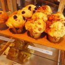 豊中の小さな焼き菓子屋さん「akkord」で優しい味のマフィンやタルトを