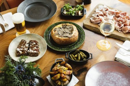 andaz-tokyo-tavern-cheese-fondue-new-years-tapas_r
