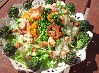 春野菜で爽やかサラダ