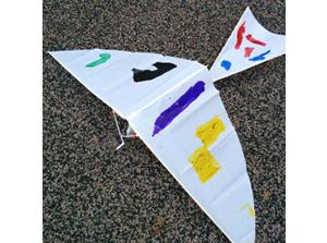 GW親子で楽しむおすすめクラフト「パタパタ飛行機」 公園で思い切り遊んで鳥のような開放感を☆