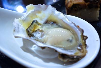 【中目黒】夏が旬の「あまころ牡蠣」で乾杯☆ノドグロヤカキエモン