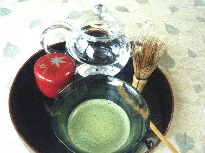 おもてなしは冷たいお抹茶で  テーブル茶道(裏千家)(2回)