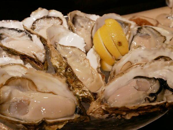 放題 牡蠣 食べ お得に牡蠣食べ放題が楽しめる大阪のオイスターバー7選