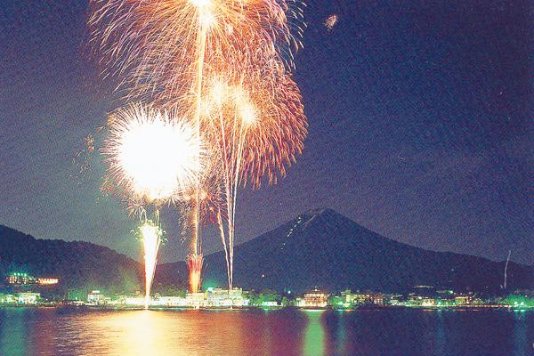 【山梨】河口湖湖上祭