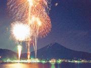 【山梨・富士河口湖町】花火大会&ネイチャーガイドツアー
